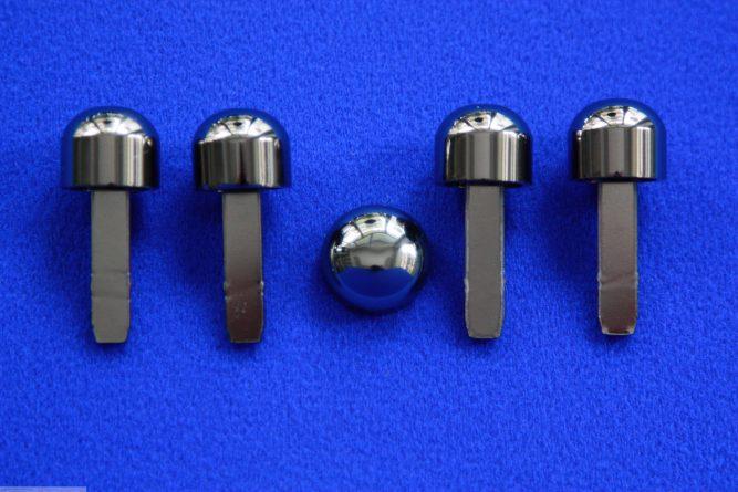 Knobs in Nickel Black Smart Fortwo 450.