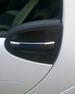 These are chrome accessories for the Door Handle of the Smart Fortwo 451.
